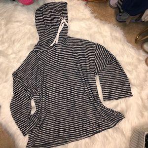 NWT Lou & Grey hoodie